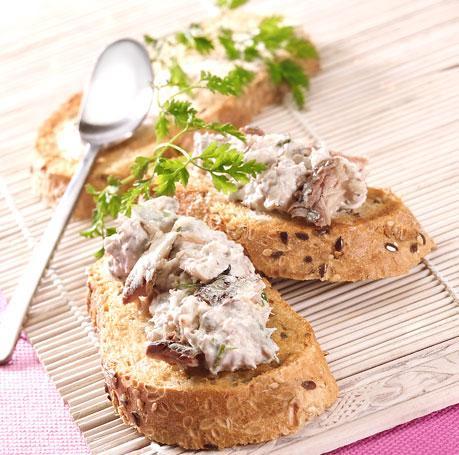 Recette - Toasts de rillettes de filets de sardines citron basilic ...