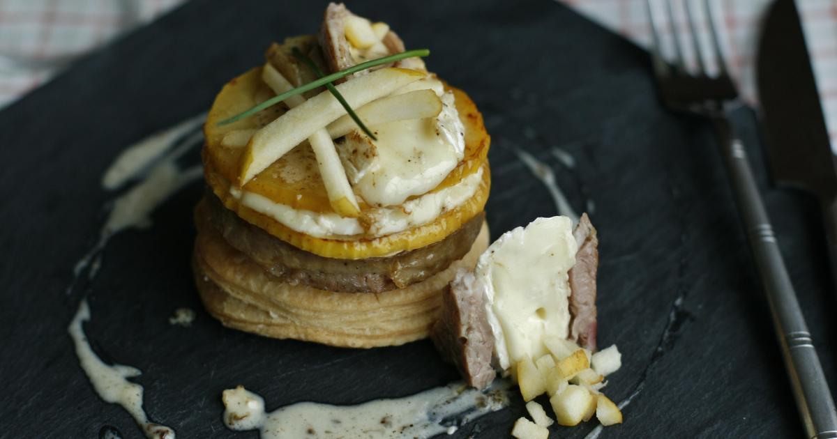 Recette mille feuille le rustique brie pommes et - Cuisiner des andouillettes ...