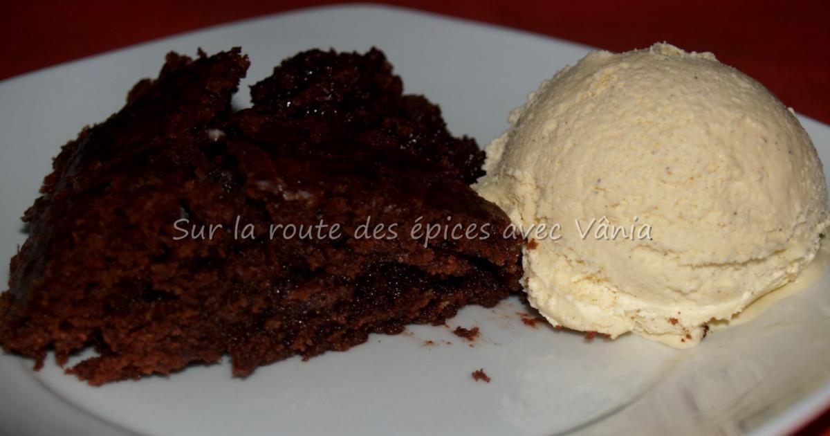 Recette tarte noire une tarte br silienne au chocolat - Comment decorer une tarte au chocolat ...