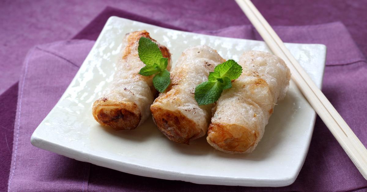 Diaporama 5 plats embl matiques de la cuisine chinoise soupe de raviolis wonton au magret de - Comment cuisiner poulet fume ...