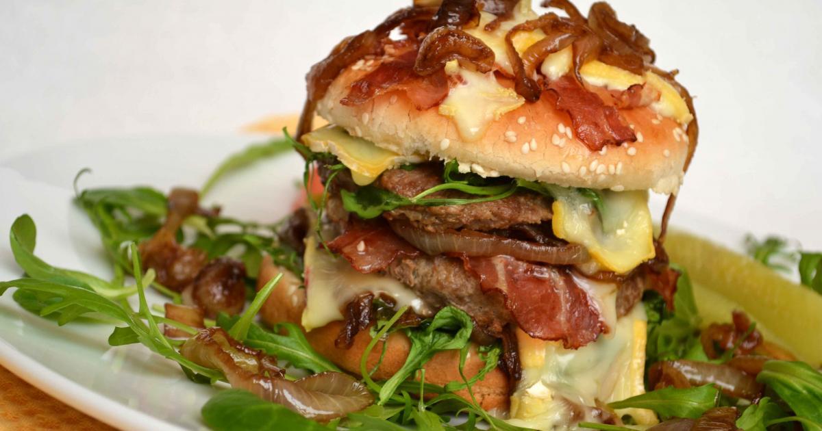 Recettes du hamburger au lard les recettes les mieux not es for Documentaire cuisine gastronomique