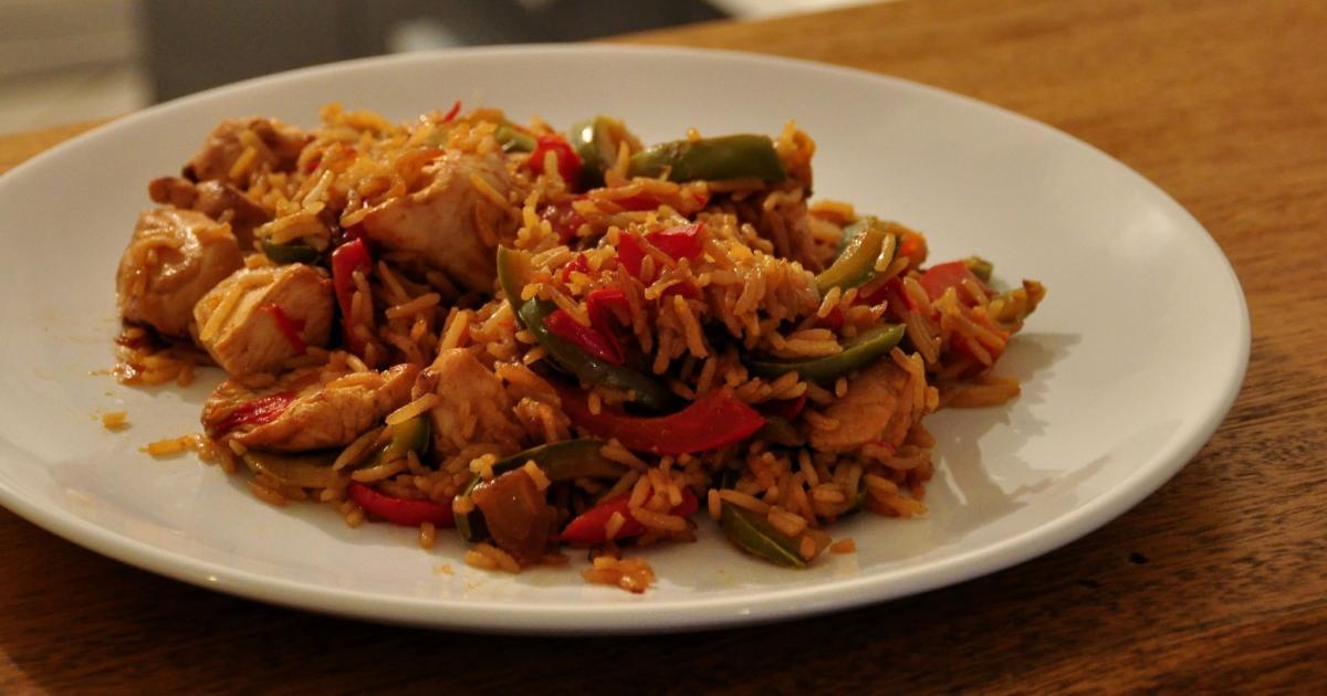 Recette po l e aux deux poivrons poulet riz basmati et - Que cuisiner avec des poivrons ...