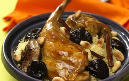 Recette tajine de lapin aux pruneaux 750g - Comment cuisiner des cuisses de lapin ...