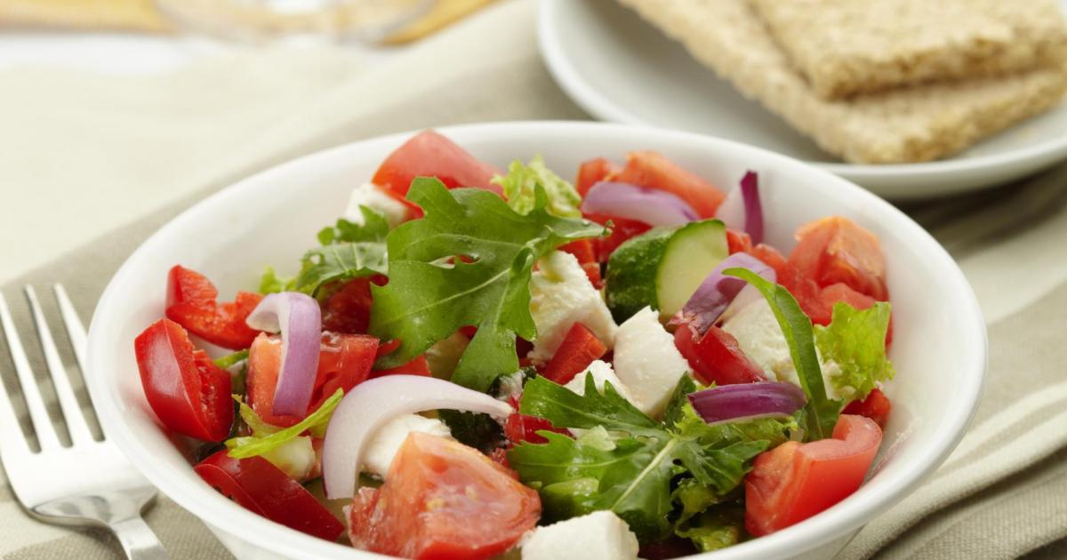 Recette salade de caprice des dieux et tomates 750g for Entree froide festive