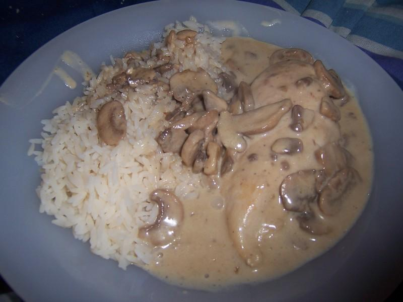 recette escalope de dinde avec riz aux champignons 750g. Black Bedroom Furniture Sets. Home Design Ideas