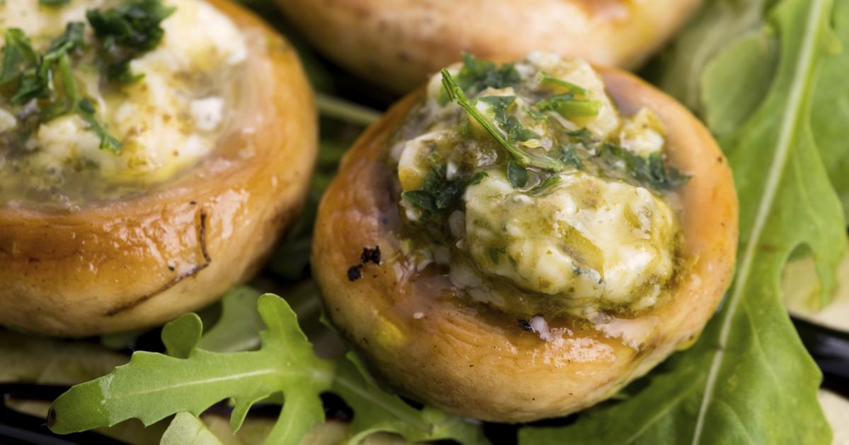 Recette champignons farcis au beurre d 39 escargot 750g - Beurre d escargot thermomix ...