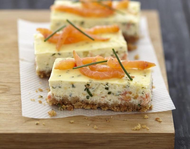 recette cheesecake au saumon fum et fromage carr frais 750g. Black Bedroom Furniture Sets. Home Design Ideas
