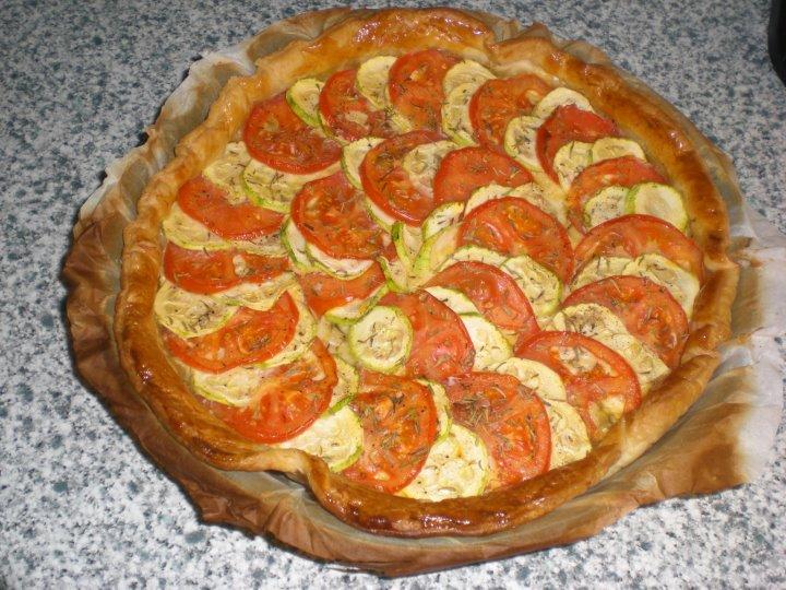 recette tarte fine la courgette et la tomate 750g. Black Bedroom Furniture Sets. Home Design Ideas