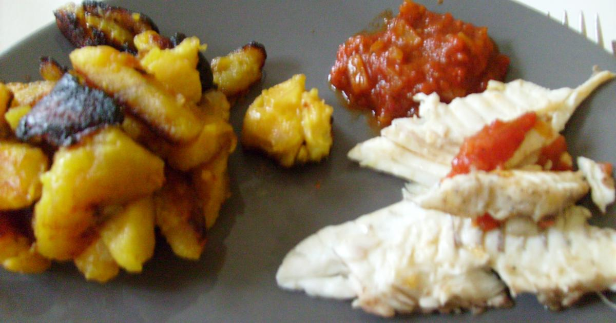 Recette bananes plantains avec du poisson brais 750g - Cuisiner bananes plantain ...