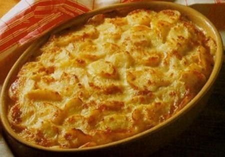 recettes du gratin de pommes de terre la moutarde les recettes les mieux not es. Black Bedroom Furniture Sets. Home Design Ideas