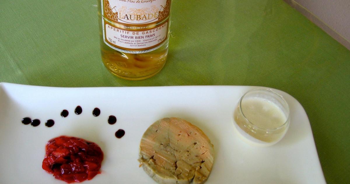 recette chutney de fraise et cr me d 39 ail en accompagnement de foie gras 750g. Black Bedroom Furniture Sets. Home Design Ideas