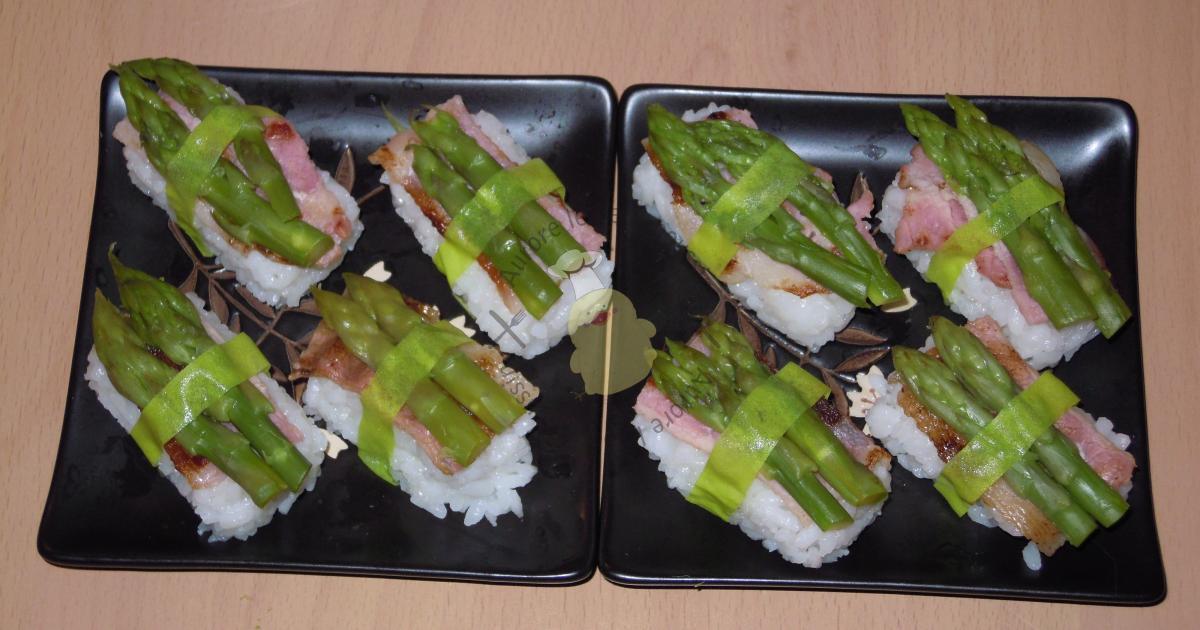 Sushis asperges vertes et poitrine fumée