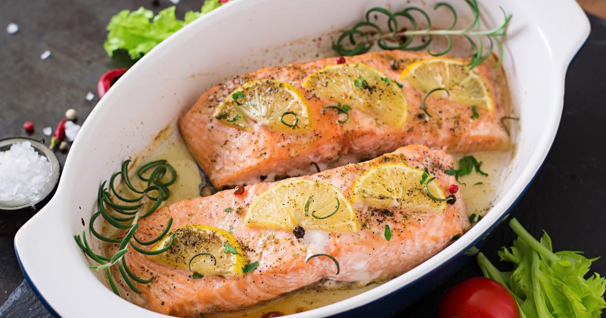 Recettes du saumon au four la s lection de 750g - Comment cuisiner un pave de saumon ...