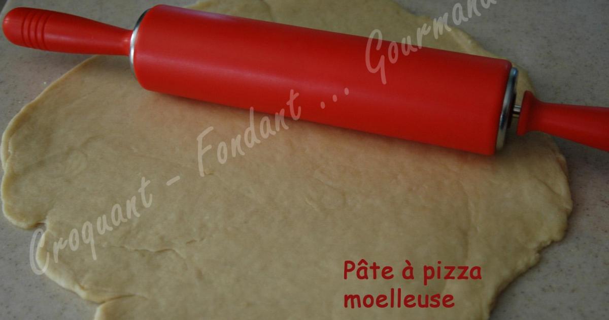 recette pâte à pizza moelleuse 750g