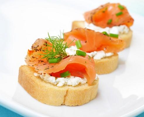 Recette toasts saumon fum mascarpone 750g for Canape au fromage