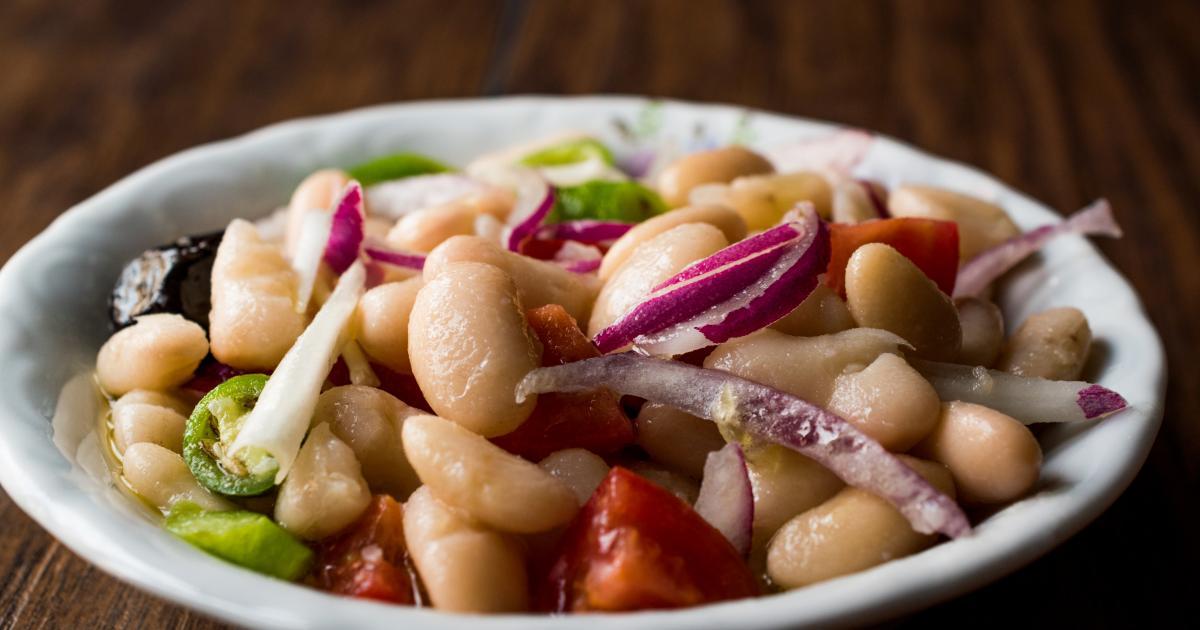 6 salades d'hiver avec des légumes secs