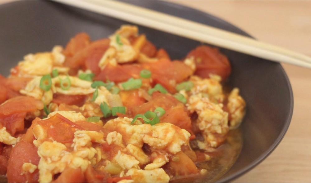 Recette Saute Oeufs Tomates A La Chinoise En Video