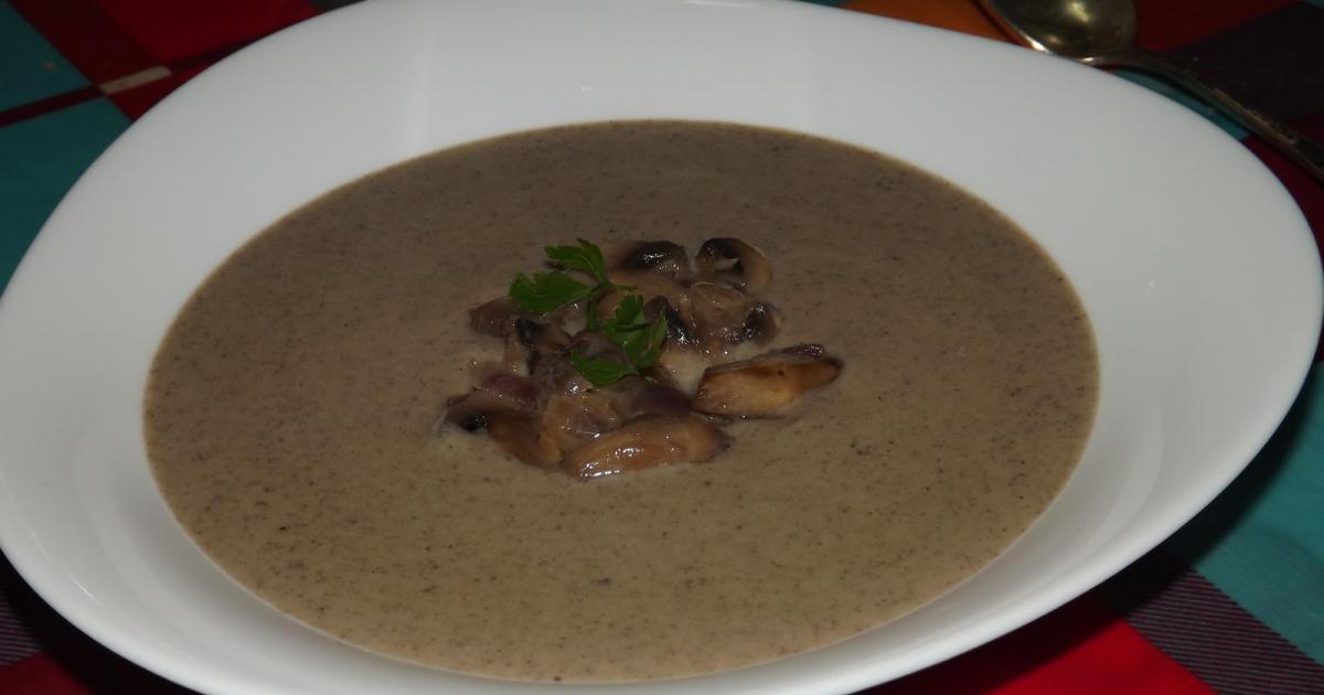 Recettes de soupe de champignons et pommes de terre | Les recettes les mieux notées