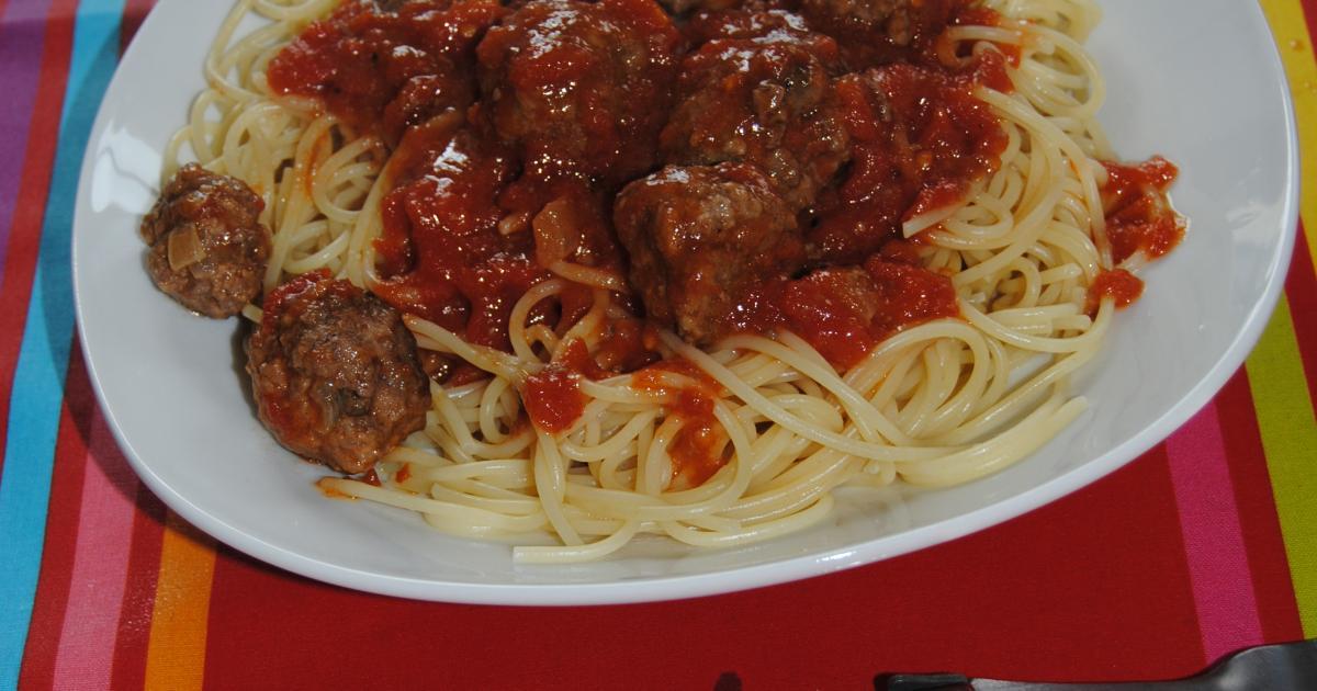 Recettes de p tes aux boulettes de viande les recettes for Plat unique convivial entre amis