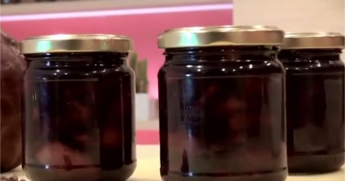 recettes de la confiture de poires les recettes les mieux not es. Black Bedroom Furniture Sets. Home Design Ideas