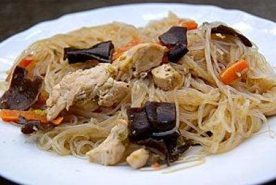 Recette vermicelle de soja saut au poulet 750g - Comment cuisiner les pousses de soja ...