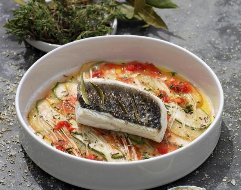 Recette filet de loup confit l 39 huile d 39 olive et au sel - Cuisiner vesse de loup ...