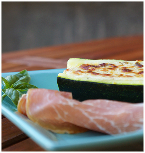 Recette courgettes farcies au fromage frais et jambon de - Courgettes farcies thermomix ...
