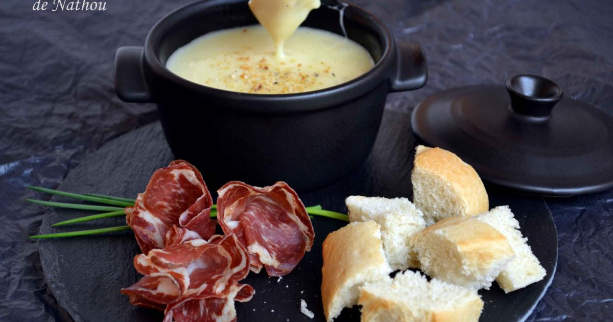 recette mini cocotte de fondue au fromage 750g. Black Bedroom Furniture Sets. Home Design Ideas