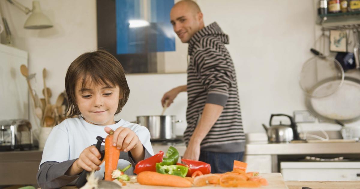 10 astuces pour faire manger des l gumes aux enfants 9 photos. Black Bedroom Furniture Sets. Home Design Ideas