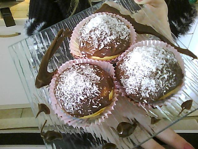 recette muffins coeur nutella gla age chocolat au lait parsem de noix de coco 750g. Black Bedroom Furniture Sets. Home Design Ideas