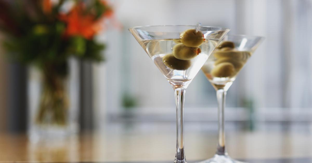 5 cocktails que l on peut faire avec du martini. Black Bedroom Furniture Sets. Home Design Ideas