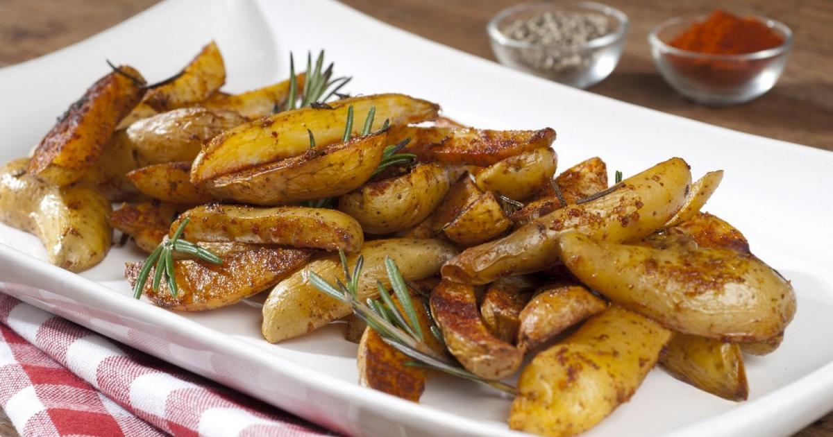 recettes de pommes de terre au paprika les recettes les. Black Bedroom Furniture Sets. Home Design Ideas