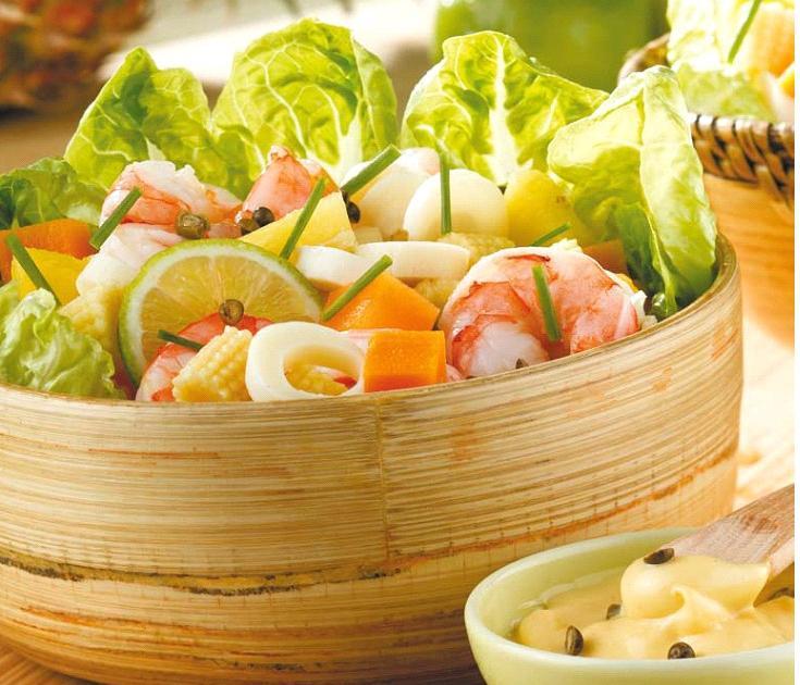 Recettes de salade de crevettes les recettes les mieux for Salade entree originale