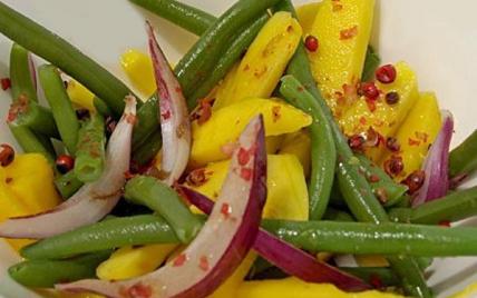 Recette salade de haricots verts mangue et oignons rouges aux baies roses 750g - Comment cuisiner des haricots rouges ...