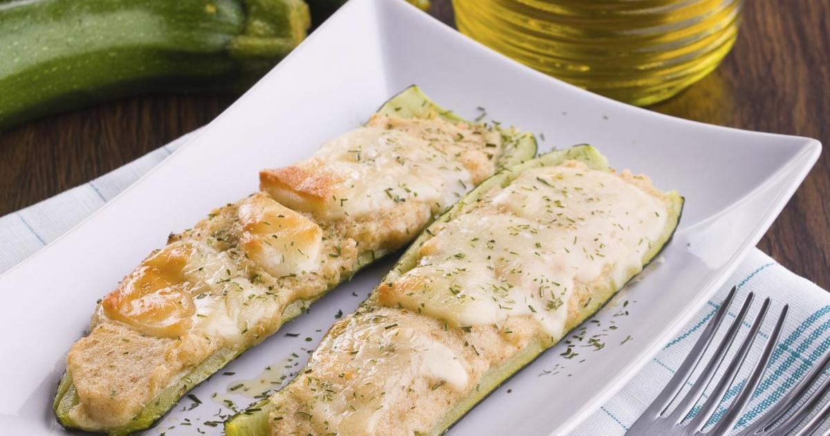 Recettes de courgettes farcies au saumon les recettes - Comment cuisiner les courgettes rondes ...