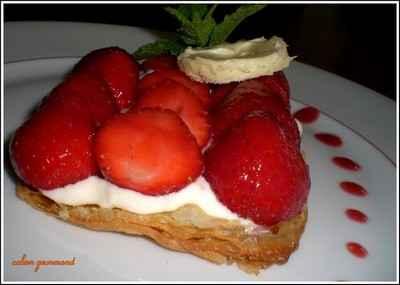recette fine cro te aux fraises et cr me l g re au chocolat blanc 750g. Black Bedroom Furniture Sets. Home Design Ideas