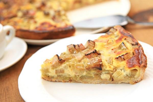 recette tarte la rhubarbe conomique 750g. Black Bedroom Furniture Sets. Home Design Ideas