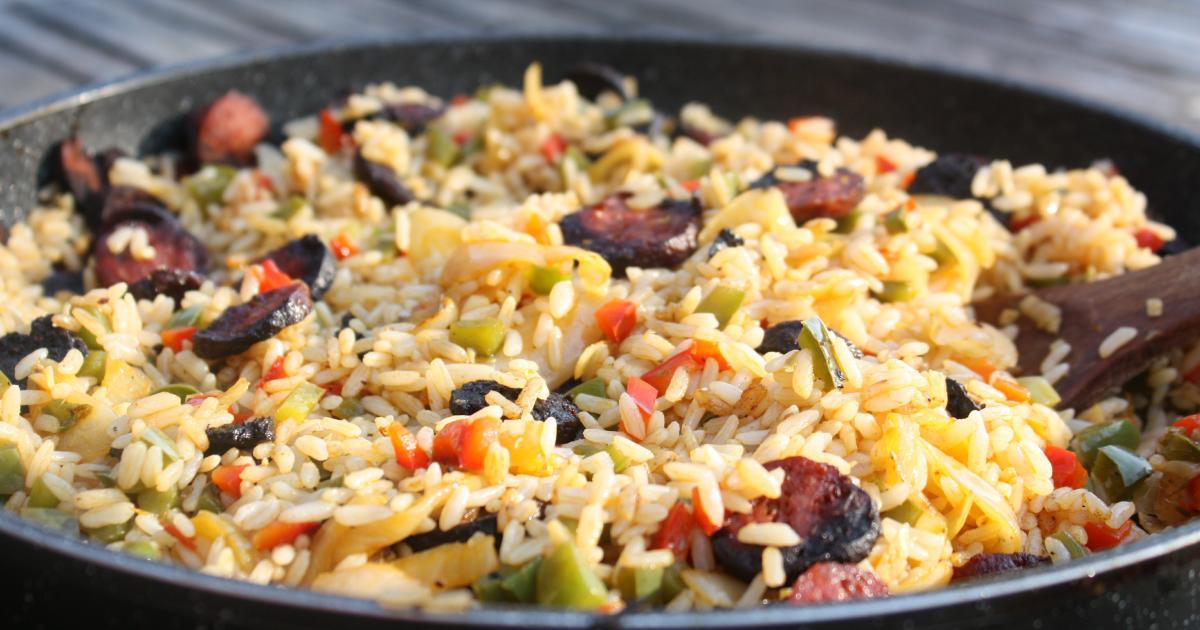 recette riz au chorizo et poivrons 750g. Black Bedroom Furniture Sets. Home Design Ideas