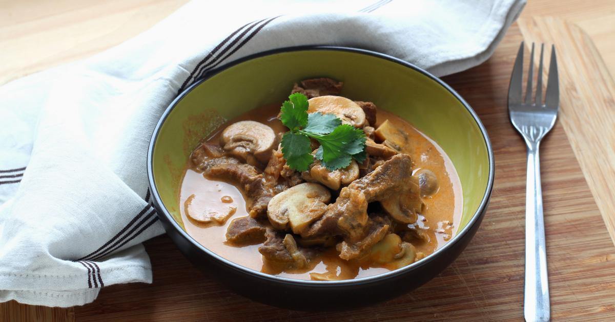 Recette b uf stroganoff facile au cuisine companion en - Cuisine minceur thermomix ...