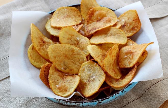 Recette chips maison en pas pas - Chips fait maison au four ...