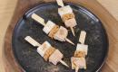 Mini-brochettes de foie gras au pain d'épices et poires