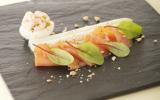 Saumon de Norvège fumé, asperges blanches en vinaigrette mimosa
