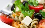 Salade de pâtes tricolores, tomates, et Caprice des Dieux