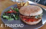 Le TRINIDAD - Burger au poulet, chorizo, poivrons et sauce Porto
