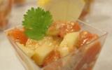 Tartare de saumon, pomme granny et sésame