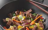 Wok de légumes et son haché au bœuf en émincés