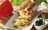 Cake aux poivrons, féta et olives