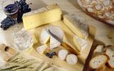 Manger du fromage rend le vin meilleur, c'est prouvé
