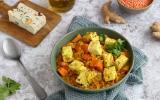 Dahl de lentilles corail, patate douce et tofu épinard noisette
