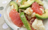 Salade crabe, pamplemousse rose et avocat